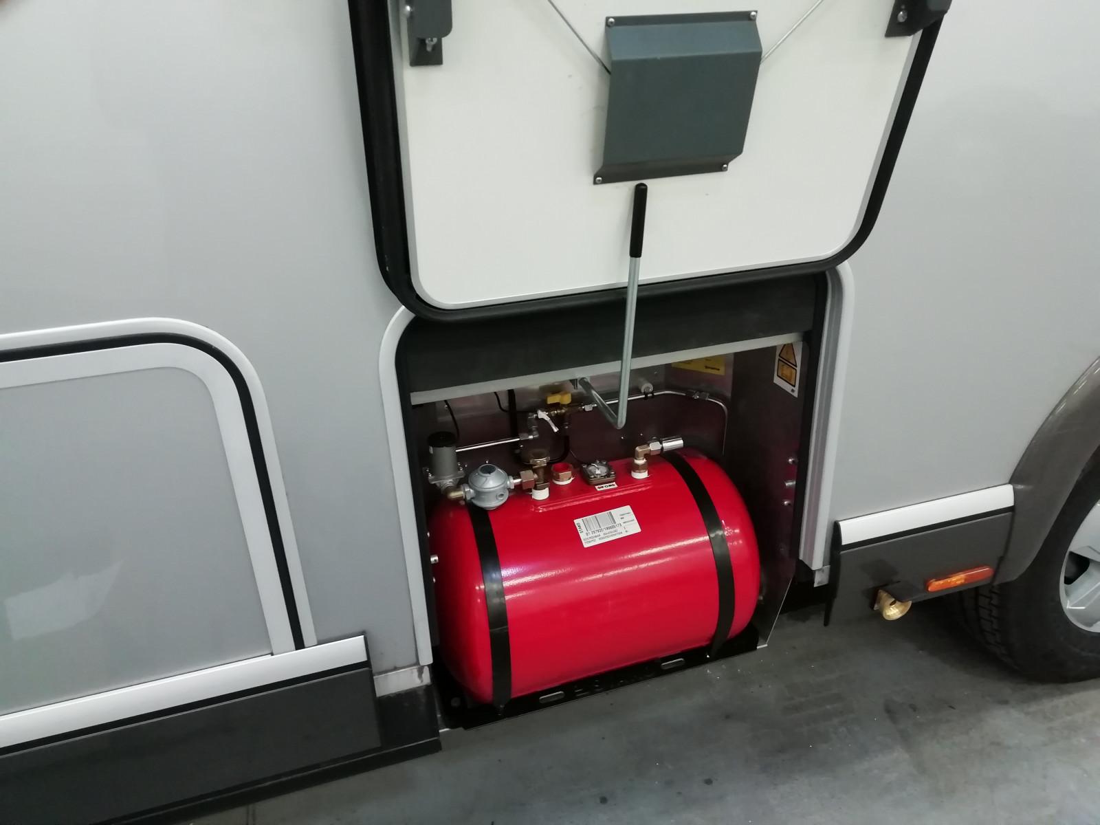 Pevná nádrž na plyn