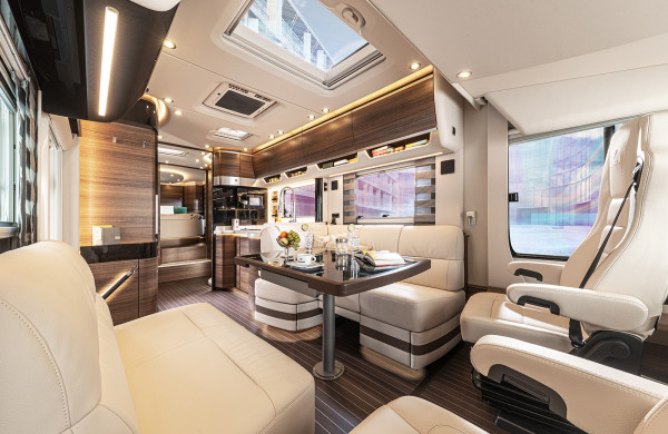 Obývací priestor v Liner 2021